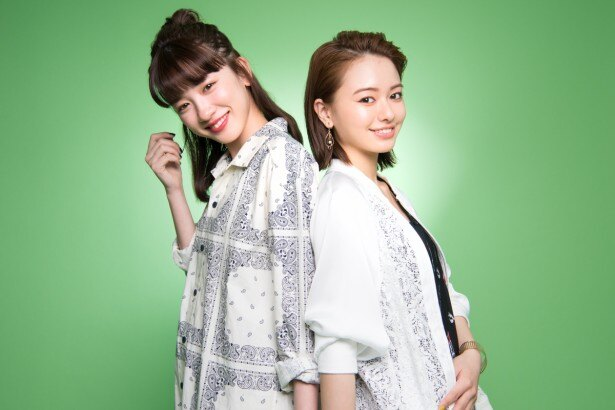 公開中の映画「ひるなかの流星」で共演する永野芽郁と山本舞香
