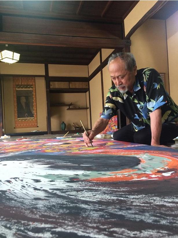 長野冬季五輪ポスターも手掛けた、奈良出身の画家・絹谷幸二氏