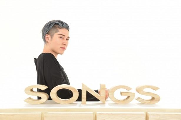 「SONGS」で木村拓哉と対談するMIYAVI