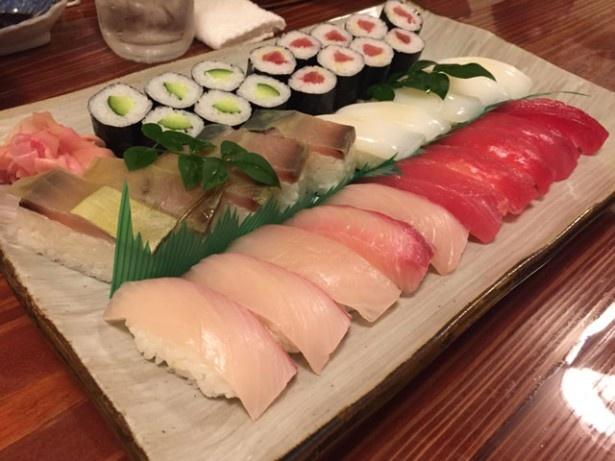 鹿屋市の「三楽寿司」では、とびっきり新鮮な旬のネタを味わえる