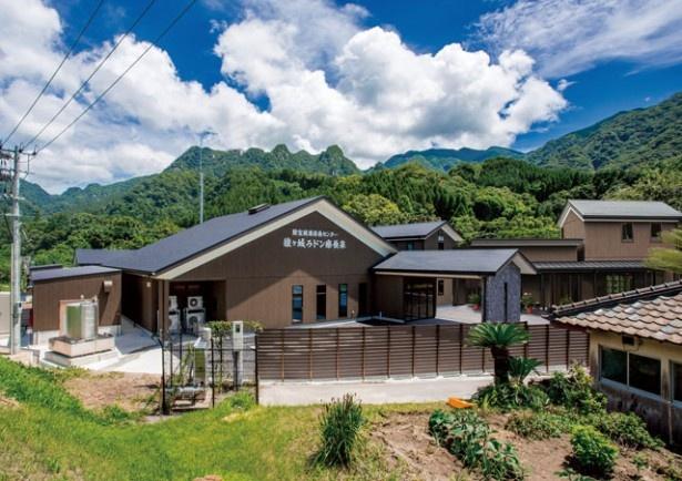 「森の駅 たるみず」内には、ラドン大浴場や、オールシーズン対応型のコテージ、オートキャンプ場などがある
