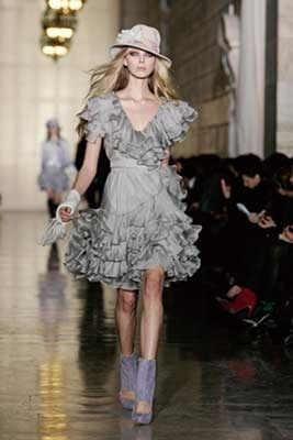 大人気ファッションブランド「ジル スチュアート」の新業態だ