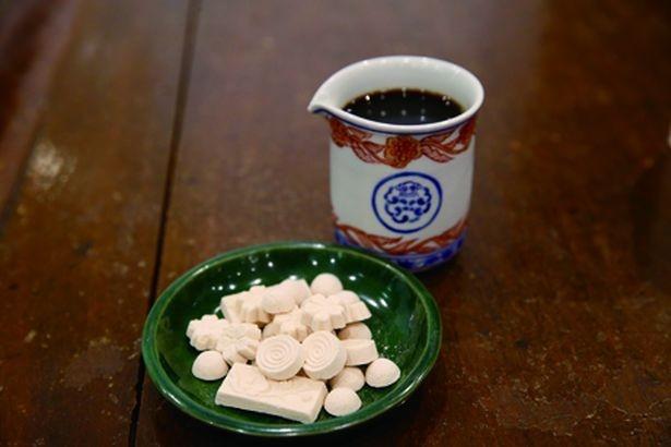 徳島の和三盆糖とコーヒーを煮詰めた特製シロップ/little cloud coffee