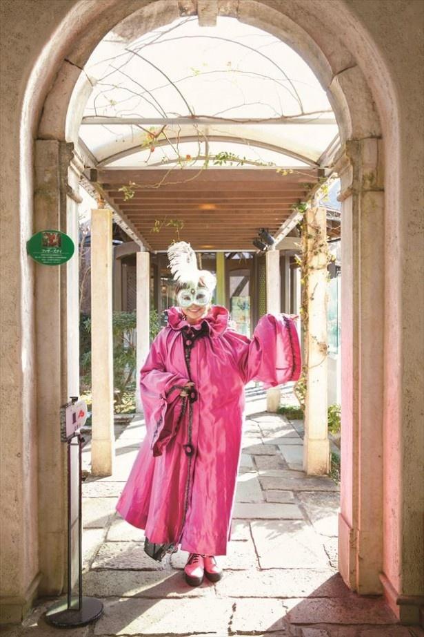ヴェネチア仮面祭でオリジナルマスクを作ろう