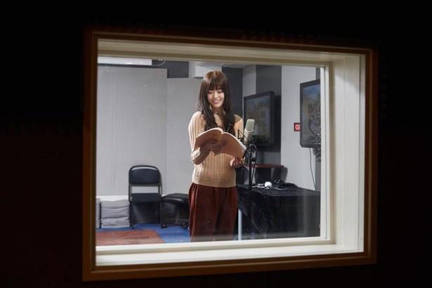 【写真を見る】声優の仕事が夢の一つだったという松村沙友理