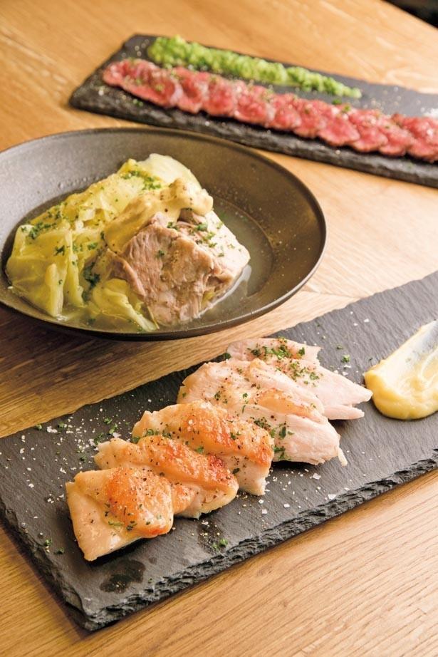 牛、豚、鶏とブランド肉のメインがずらりと勢ぞろい/RUTSUBO KITCHEN 肥後橋店