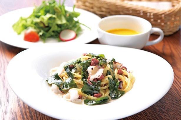 「ランチセット」(864円から)。スープとサラダが付くお得なランチセットは、5種から好みのパスタをチョイスPASTA FRESCA DAN-MEN