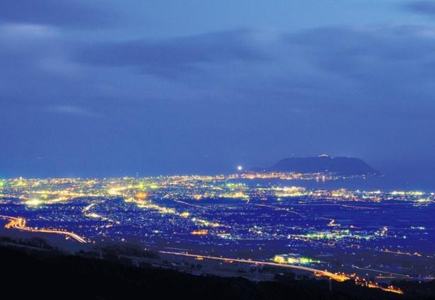 城岱牧場展望台からの裏夜景