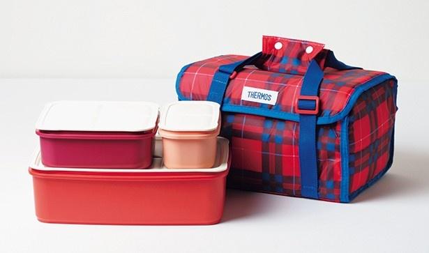 【写真を見る】これからの季節にうれしい保冷バッグつき。サーモスの 「ファミリーフレッシュ ランチボックス」