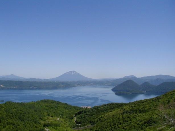 洞爺湖。ニセコ洞爺登別エリアで、地元民がおすすめするスポット第2位は……