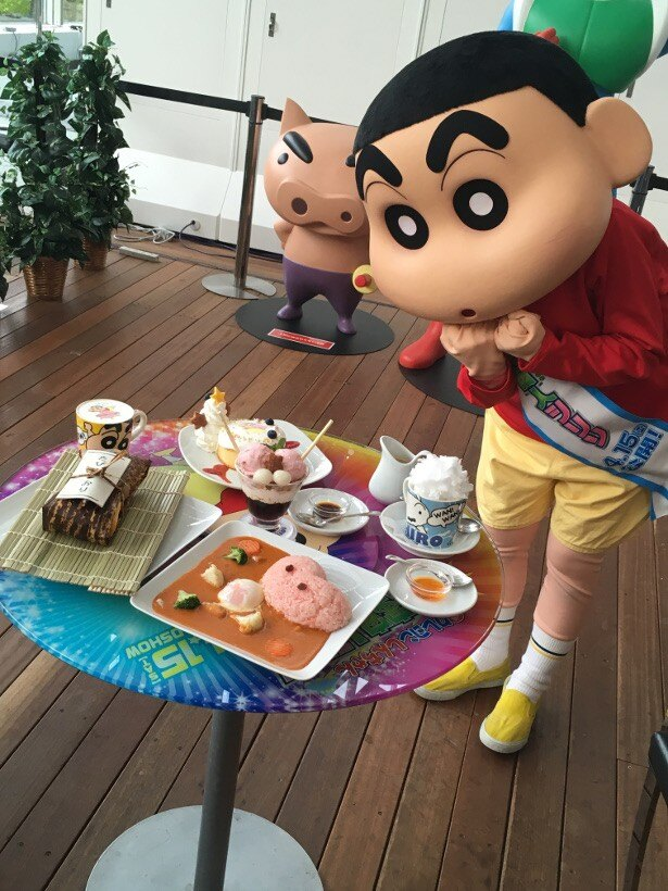 「クレヨンしんちゃん オラとシリリに宇宙カフェ」にしんちゃんも大興奮!
