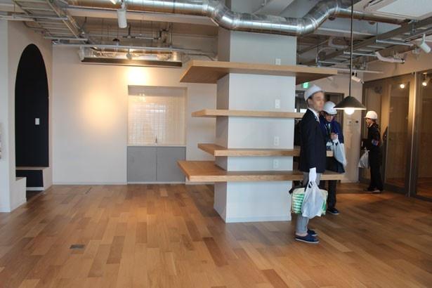 家具が無い状態の共用スペース