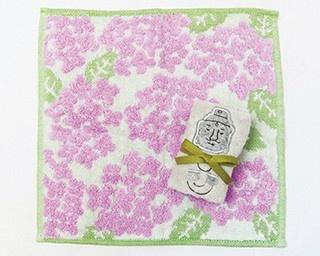 伊織 鎌倉店で限定販売の「大仏さん」(上、756円)と「紫陽花 ミニハンカチ」(下、648円)