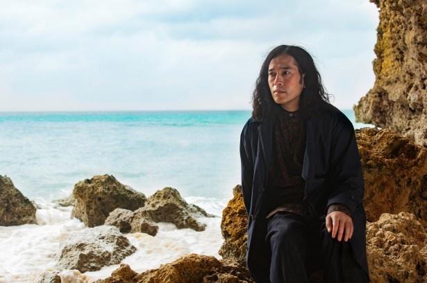 【写真を見る】砂山ビーチでは「美しすぎて何もする気が起きない」とそのパワーに圧倒