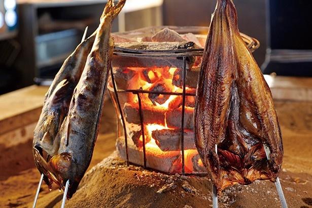ルンゴカーニバル/新鮮素材を炉端で炙る「原始焼き」