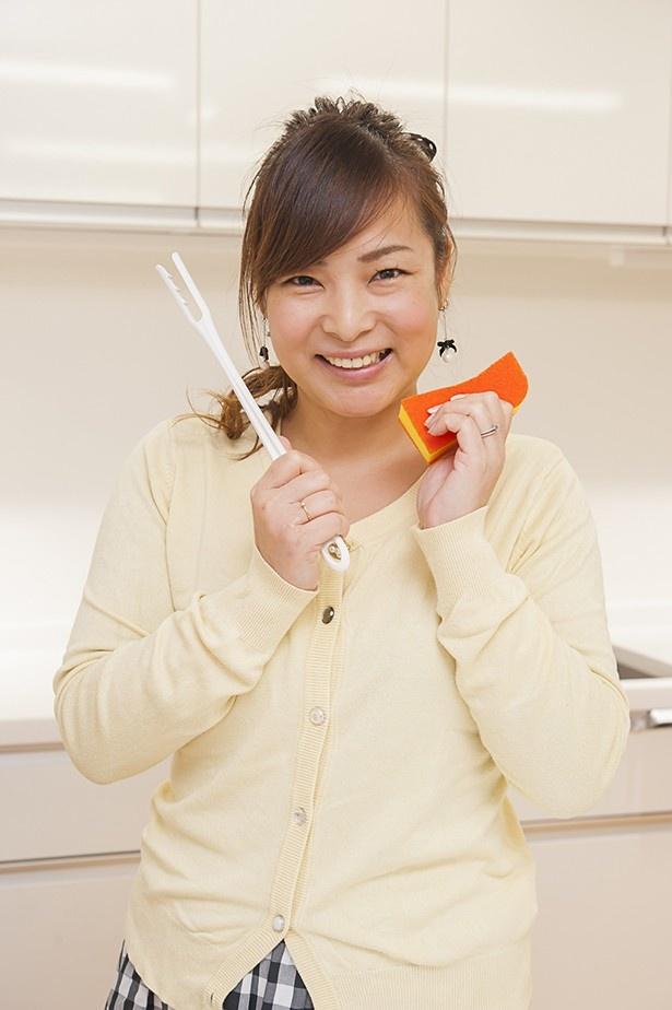 「スポンジが 取り替えられるのは 経済的でうれしい♪」と菅野彩香さん