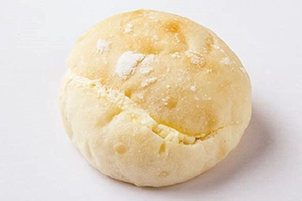「ぱんのもっか」の「もちもちミルクパン」(130円)