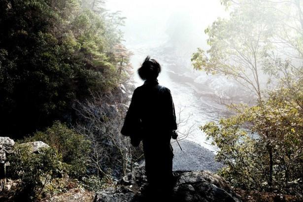 撮影は冬の京都で行われ、木村は殺陣の数々をすべてノースタントで演じた