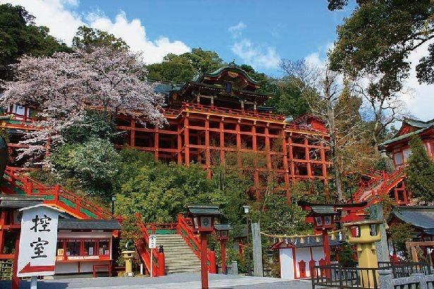 今年で創建330年を迎える祐徳稲荷神社