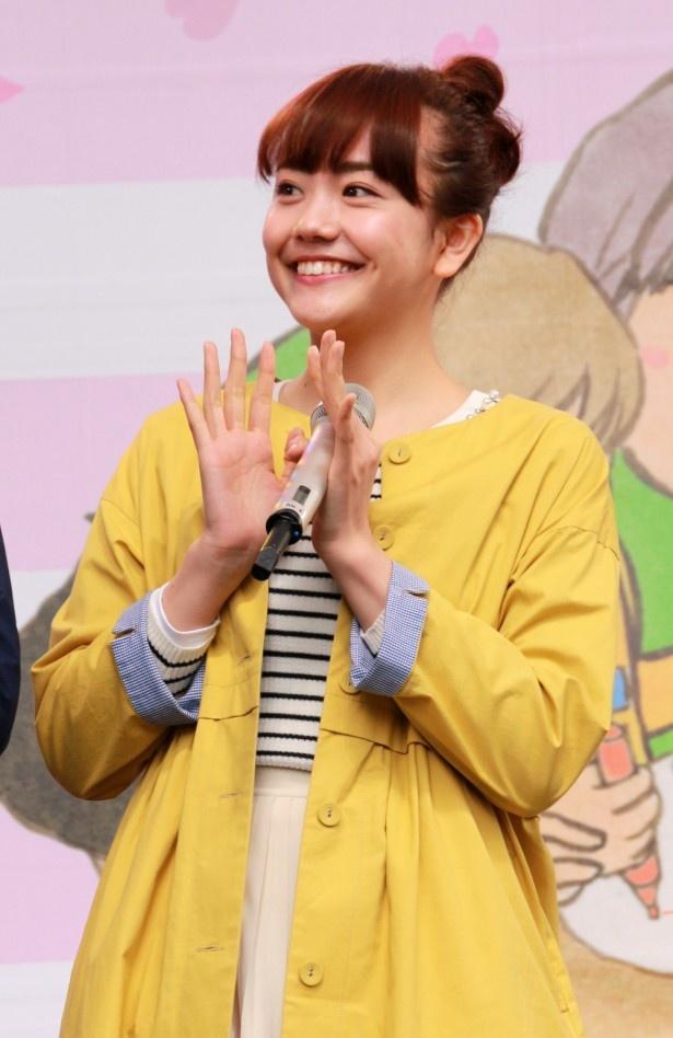 堀井新太演じる拓人らと高校時代の同級生だった保育士・渡辺華役の松井愛莉