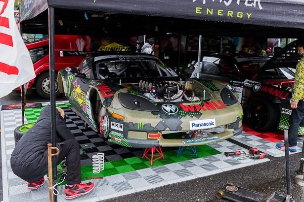 サスペンションのバネレートを変更する、昨年のチャンピオン齋藤のマシン