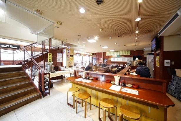 瑠玖(ルック)&魚平(うおへい)の店内