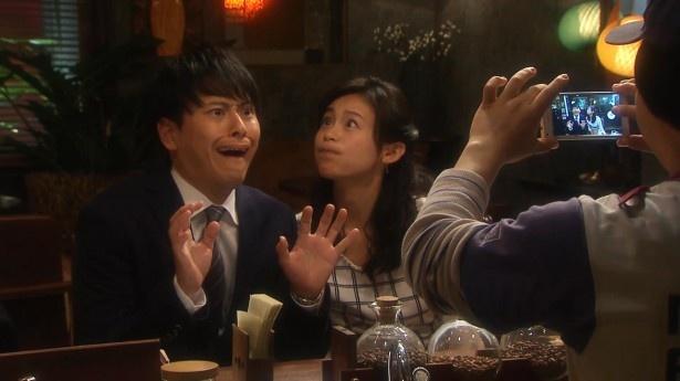 【写真を見る】山下健二郎&本仮屋ユイカが、衝撃の変顔を披露!