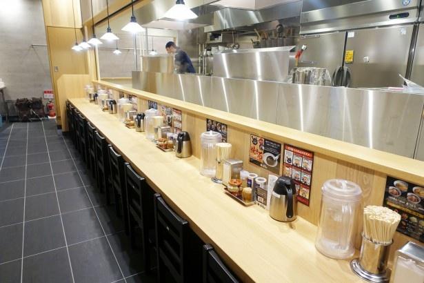 スープに焼き石を投入!『つけめんTETSU』がJRゲートタワーにオープン! - 585304 615