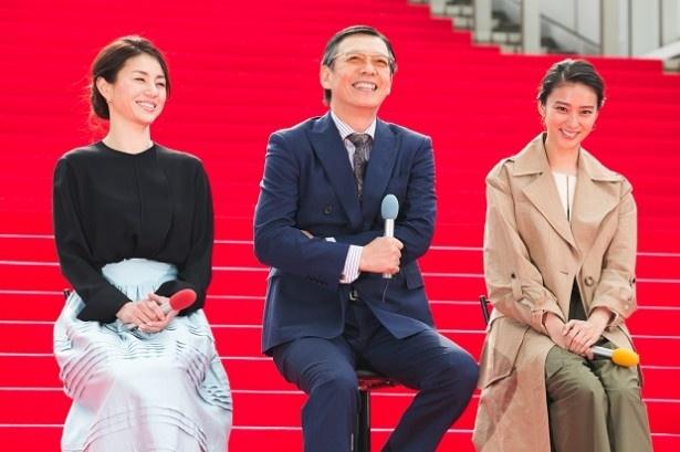 「貴族探偵」の記者会見が行われ、出演する武井咲、生瀬勝久、井川遥らが登壇した