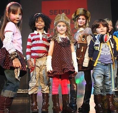衣料品プライベートブランド「George」の子供服も展開。安くてカワイイ!