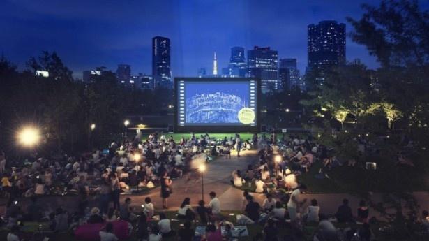 野外で映画上映が楽しめる品川オープンシアター