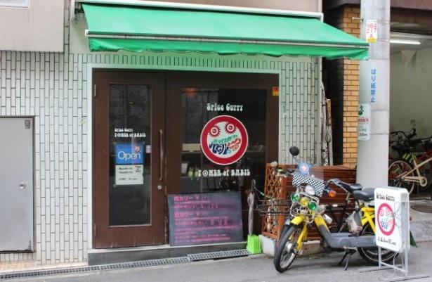 諸説あるが、店名の由来は地元の先輩のレゲーバーが「ロプロス」だったから。先輩を超えたいと思い命名したそうだ