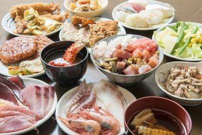これぞ北海道!海鮮をはじめ約60品が1080円食べ放題で人気沸騰のお店は?