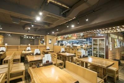 毎朝、社長自らが市場で直接買い付けを行うことで、活きの良い北海道の新鮮食材が提供されている「ふる里」