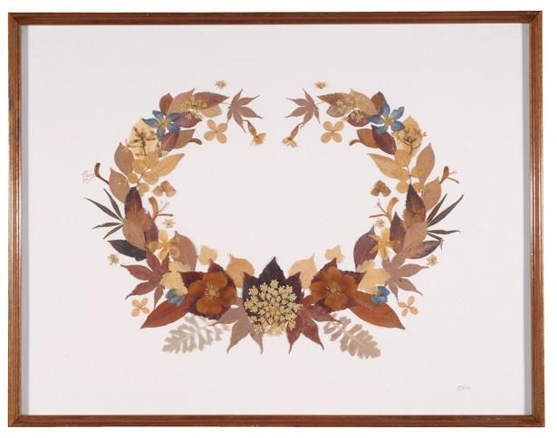 花と自然を愛したグレース・ケリーの押し花作品
