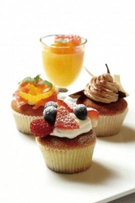 カップケーキやゼリー、ムース、プリンなど、日替り、季節メニューが続々登場する