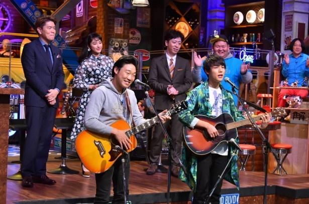 【写真を見る】話題のANZEN漫才・みやぞんが中川大志とギターデュオを結成!?