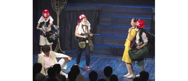 08年THEATER/TOPS公演「暴れて嫌になる夜の連続」より