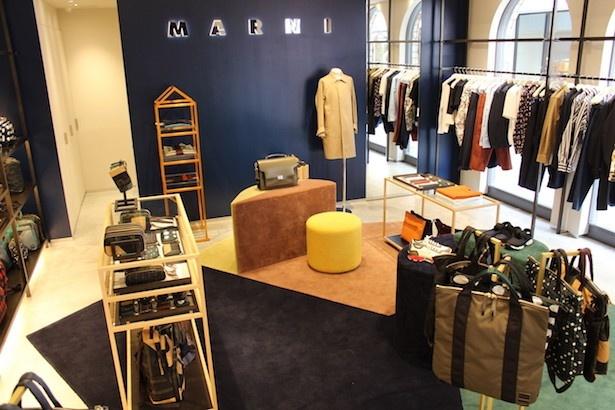 神戸初出店の「MARNI」は初のメンズコレクションのショー会場をアレンジした内装