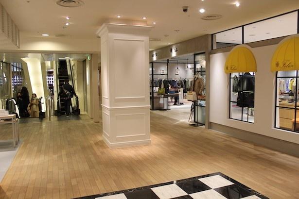 回遊性の向上やバラエティに富んだ店舗構成、落ち着ける空間づくりが体現された館内