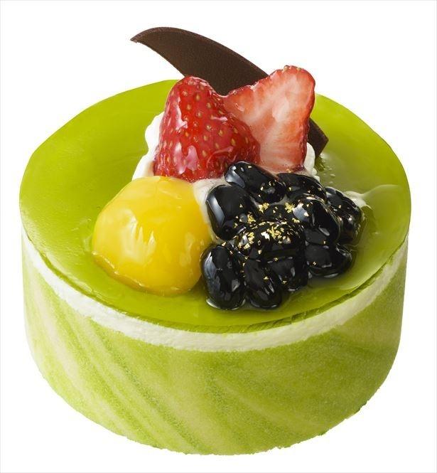 【写真を見る】「抹茶と和三盆のケーキ(3.5号)」(直径10cm・1490円)
