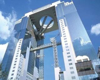 世界初の工法で建てられていて「世界の建築トップ20」にも選ばれている/梅田スカイビル