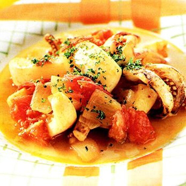 「いかとトマトのカレー煮」 レタスクラブニュースより