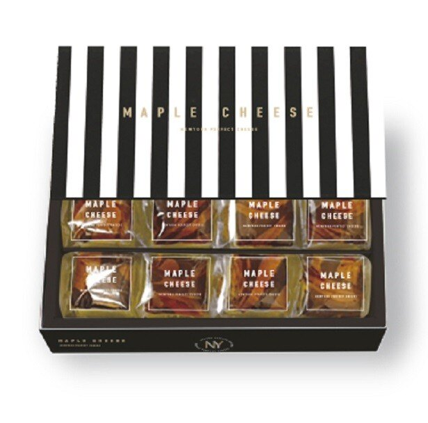 「メープルチーズ」。パッケージもシンプルで洗練されたデザイン