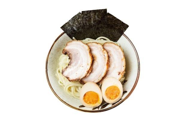 麺屋ふじ田/特製濃厚つけ麺(980円)の麺とトッピング