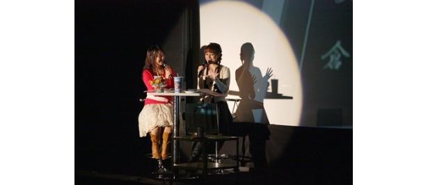 「マリア様がみてる」4thシーズンのDVD購入者イベントに出席した植田佳奈と池澤春菜(写真左から)