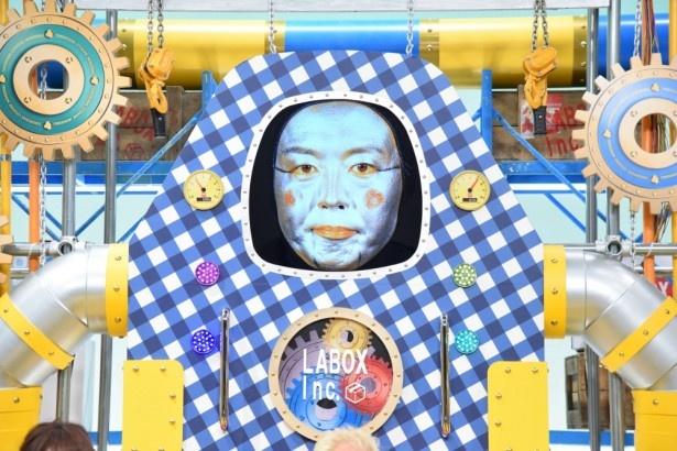 「所さんお届けモノです!」で最新宅配BOX型ロボット、ハコロボ・タナカの声を務める田中卓志が所ジョージとの共演の喜びを語る!