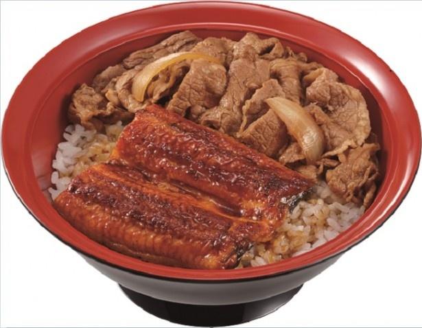 【写真を見る】うな丼にすき家自慢の牛丼を合わせたスタミナ丼「うな牛」(並盛880円)