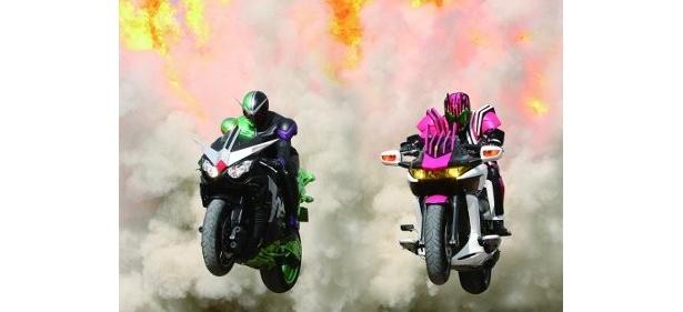 『仮面ライダー×仮面ライダー W&ディケイドMOVIE大戦2010』は2009年12月12日(土)全国ロードショー