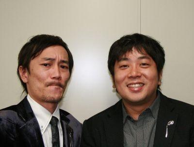 中川さんはラジオの構成作家、諏訪さんはパンフレットの製作も行う